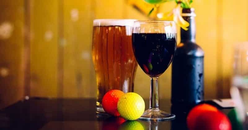 Plonk Crazy Golf beer and wine