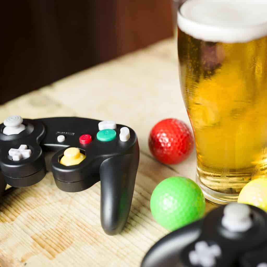Plonk Crazy Golf beer and controllers