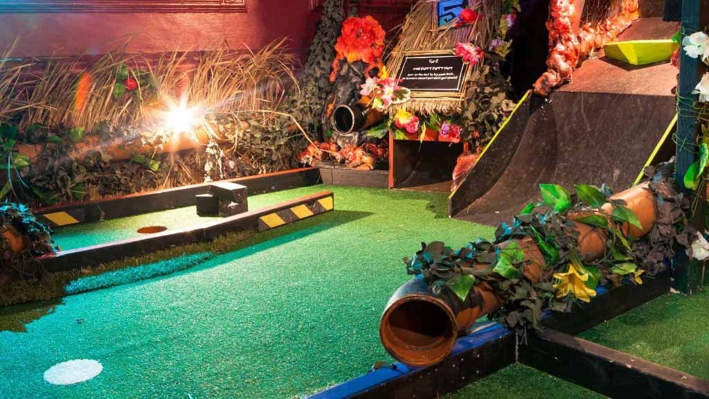 battersea crazy golf course
